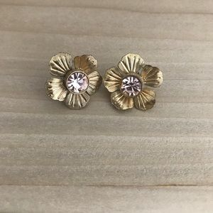 Gold Floral studs